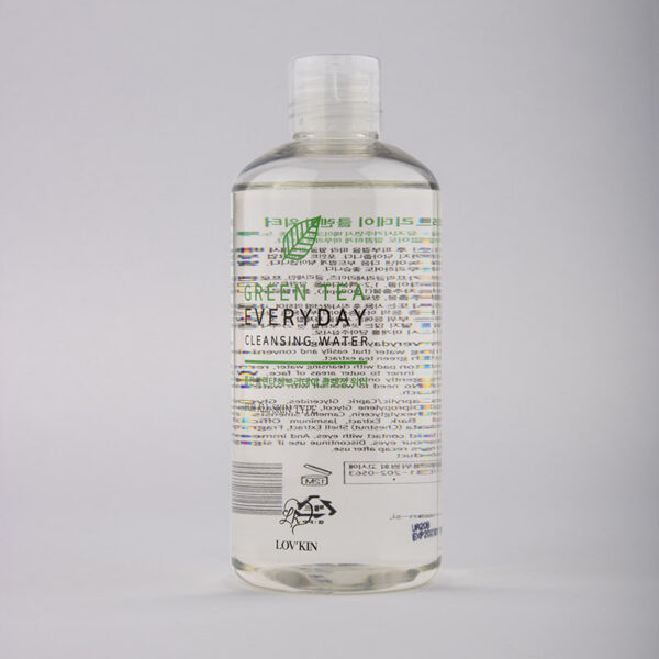GREEN TEA - Everyday cleansing foam make-up remover 01